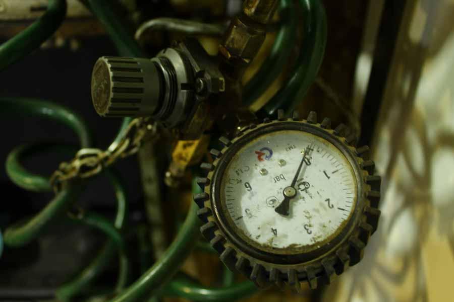 манометр для контроля давления