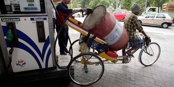 полный бак на велосипеде шутка