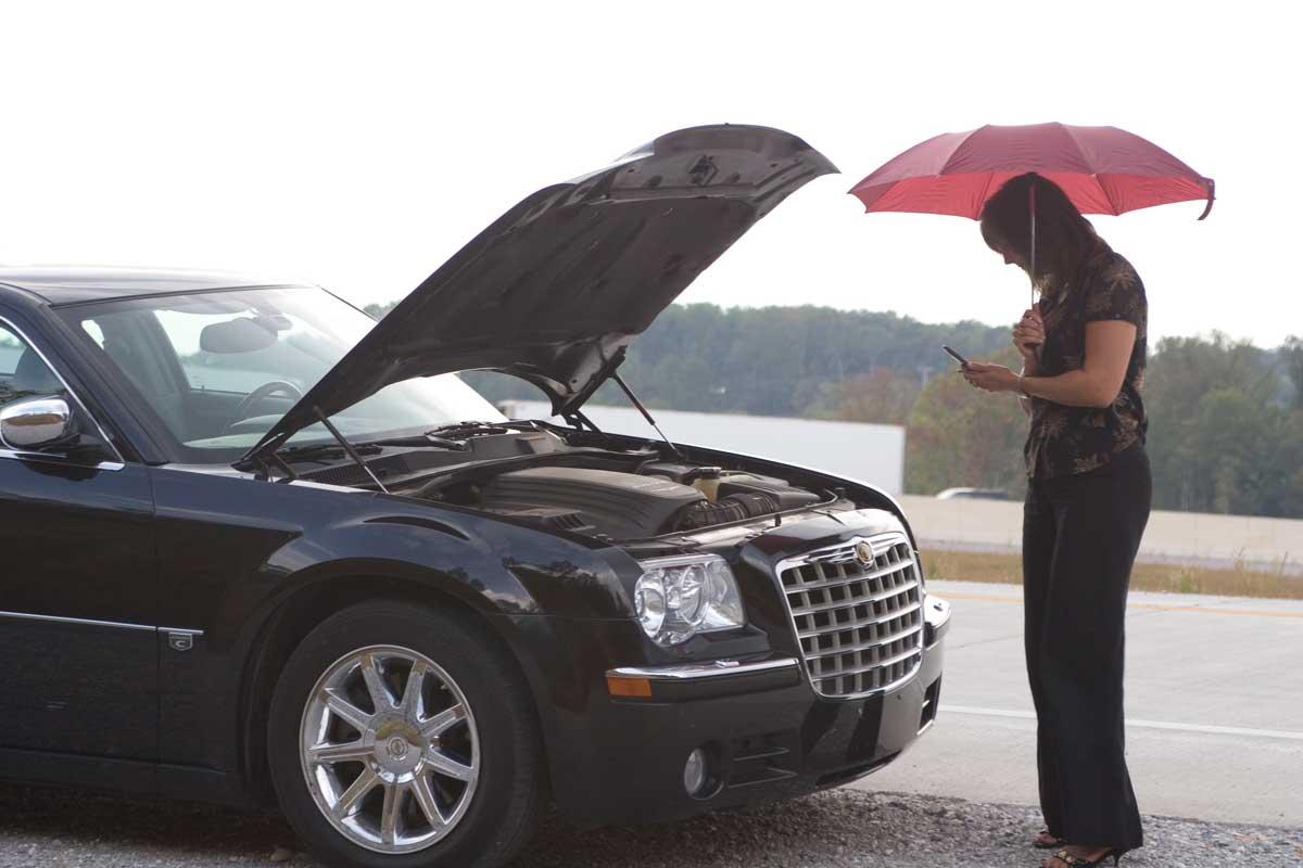 машина не заводится из-за дождя